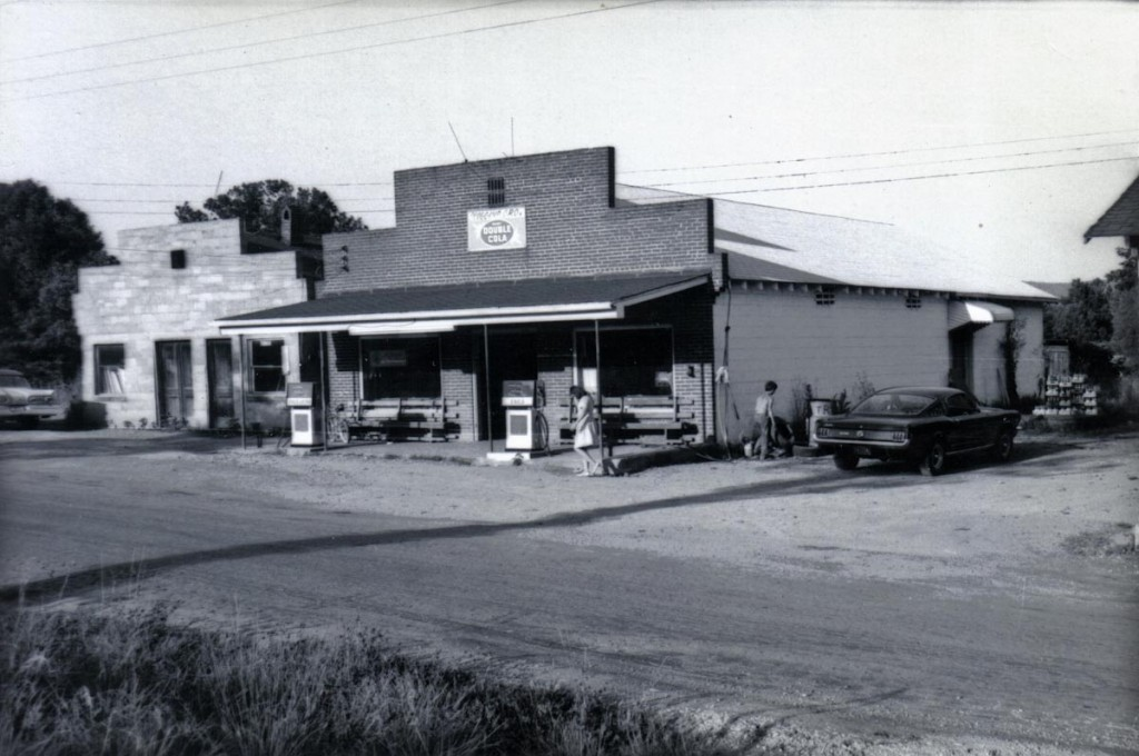 Scoggins Grocery, 1968